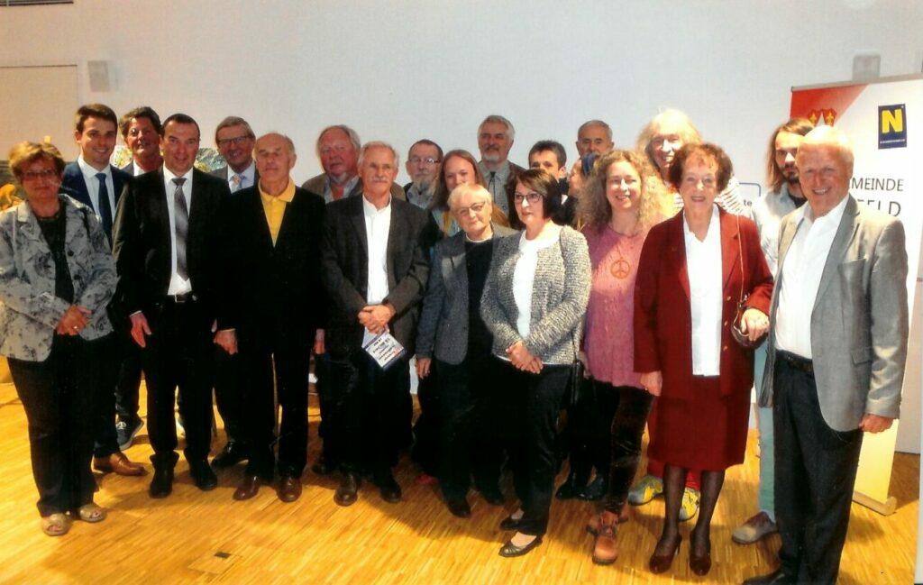 Gruppenbild der Mitglieder bei der Ausstellung Gemeindeamt Lilienfeld 2018